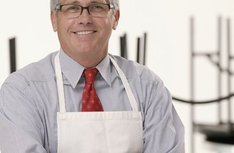 As a restaurant shareholder employee, on-site meals are not taxable.