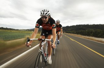 Use a variety of training techniques to maximize your cycling speed.