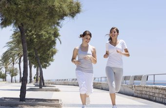 Jogging is an effective way for teenagers to burn calories to lose fat.