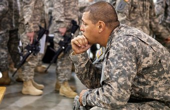 U.S. Army social workers help soldiers deal with combat stress-related issues.