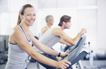 Make your treadmill workouts fun and effective with an hourlong exercise plan.