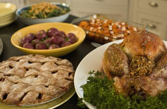 The average Thanksgiving dinner contains 4,500 calories, says
