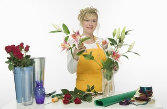 Set up your florist shop so that you are accessible for customer questions.