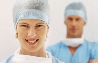 Orthopedic surgeon residents usually earn higher salaries each year of their residency.