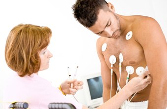 EKG technicians work in hospitals, physician's offices and medical and diagnostic laboratories.
