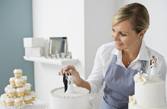 Cake-decorating businesses should understand good business practices.