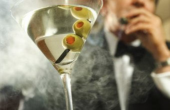 Advertising for a gentlemen's club should convey an upscale and sophisticated atmosphere.