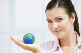 the impact of globalization on hr Global business environment which affects the practice of hrm, including globalization, why study human resources management, challenges of globalization for managers globalization and its impact on hrm twenty years ago, human resource management was almost an unknown term in asia.