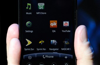 Enable and disable call forwarding on the HTC EVO phone dialpad.