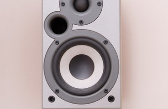 External volume controls enable you to control speaker volume from multiple points in a room.