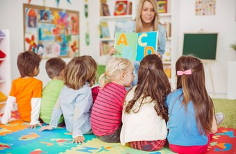 What Are the Requirements to Be a Daycare Assistant?