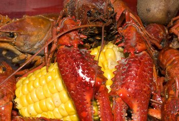 A crawfish and shrimp boil is healthful and simple to prepare.