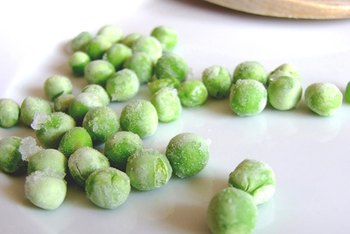 Frozen peas supply a healthy amount of fiber.