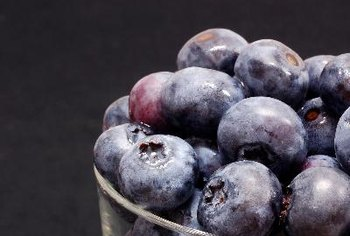 Blueberries are low in calories and high in fiber and antioxidants.