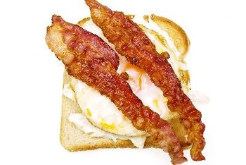 A bacon and egg sandwich is packed with protein.