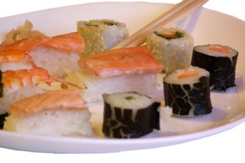 By making the right choices you can enjoy low-calorie sushi.
