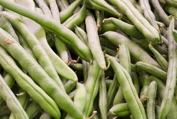 Vegetables such as green beans and dark green leafy vegetables are good sources of insoluble fiber.