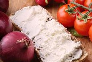 Cottage Cheese On Whole Wheat Toast Is A Nutritious Breakfast.