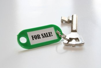 Think about the effects of a short sale on your credit before handing over your keys.