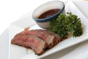 The lean protein in London broil may aid in weight loss.