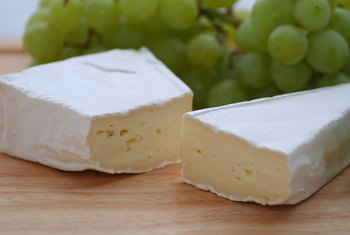 Eat brie as a source of B-vitamins and calcium.