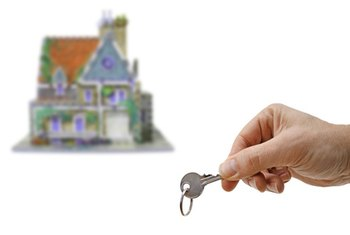 Getting the keys to a new home is possible after a foreclosure.