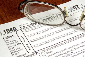 A landlord must itemize rental deductions on a 1040 form.