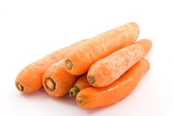 What kind of carbohydrate is a carrot healthy eating sf gate carrots are a nutrient rich source of carbohydrates workwithnaturefo