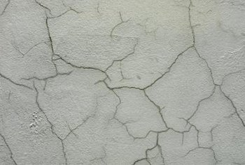 A crackling medium is used to give a wall the appearance of aged plaster.