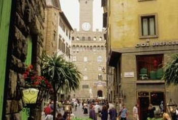 Sidewalk cafes and trattorias are a common sight in Italy.