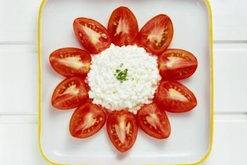 Cottage cheese supplies small amounts of vitamin A.