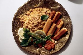 Whole grains such as bulgur wheat contain lots of fiber and correspondingly lower digestible carbs.