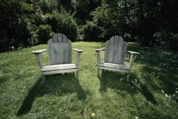 Wide armrests and a tilted back provide hours of backyard comfort.