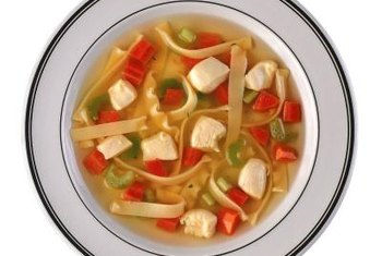 Soup with or without meat can satisfy hunger.