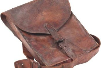 Eliminate acetone stains on leather by replacing oils.