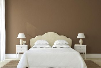 The depth of the color in the tan walls provides multiple options for bedding colors.