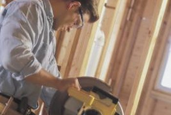 How To Cut Vinyl Siding With Saws Home Guides Sf Gate