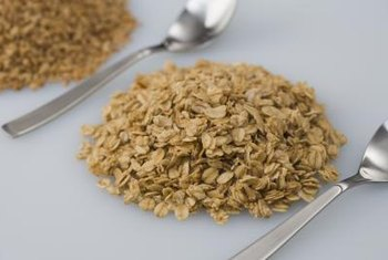 Preparing oatmeal with milk adds even more carbohydrates.