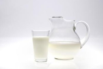 Raw milk and fermented dairy products are rich in healthy bacteria.