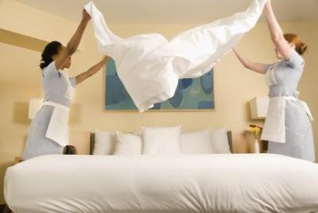 Many fine hotels use Egyptian-cotton sheets.
