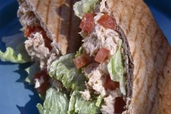Canned tuna makes a nutritious sandwich filling.