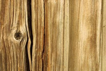 The direction of this wood grain is along the vertical axis.