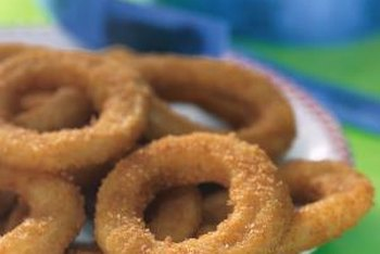 Use onions in salads or sauces, or to make onion rings.