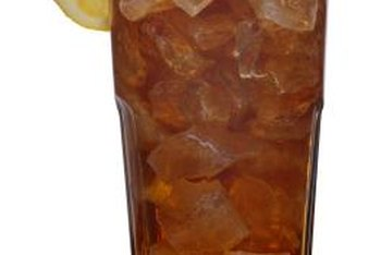 Iced green tea contains healthy catechins.