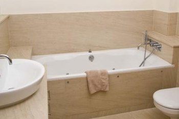 How to Repair a Plastic Bathtub That Is Cracked | Home Guides | SF ...