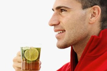 Drinking lemon tea can help control your blood sugar levels.