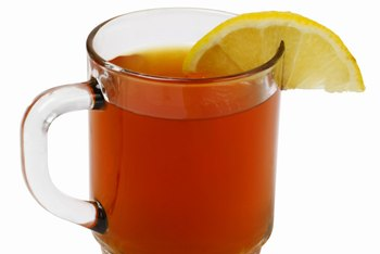 Green tea with lemon and honey might help alleviate some cold symptoms.