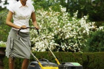Skip the skirt when mowing Asiatic jasmine -- the plant's sap irritates exposed skin.