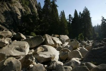 In natural dry cascades the rock placement appears random instead of arranged.
