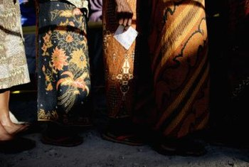 Indonesian batik sarongs in Timor often feature natural colors.